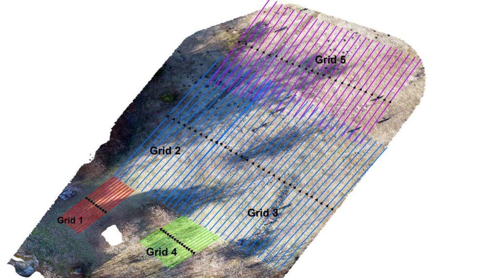 Talajradar felmérés a vár északi előterében (fekete háromszögek jelzik a lehetséges régészeti objektumokat)