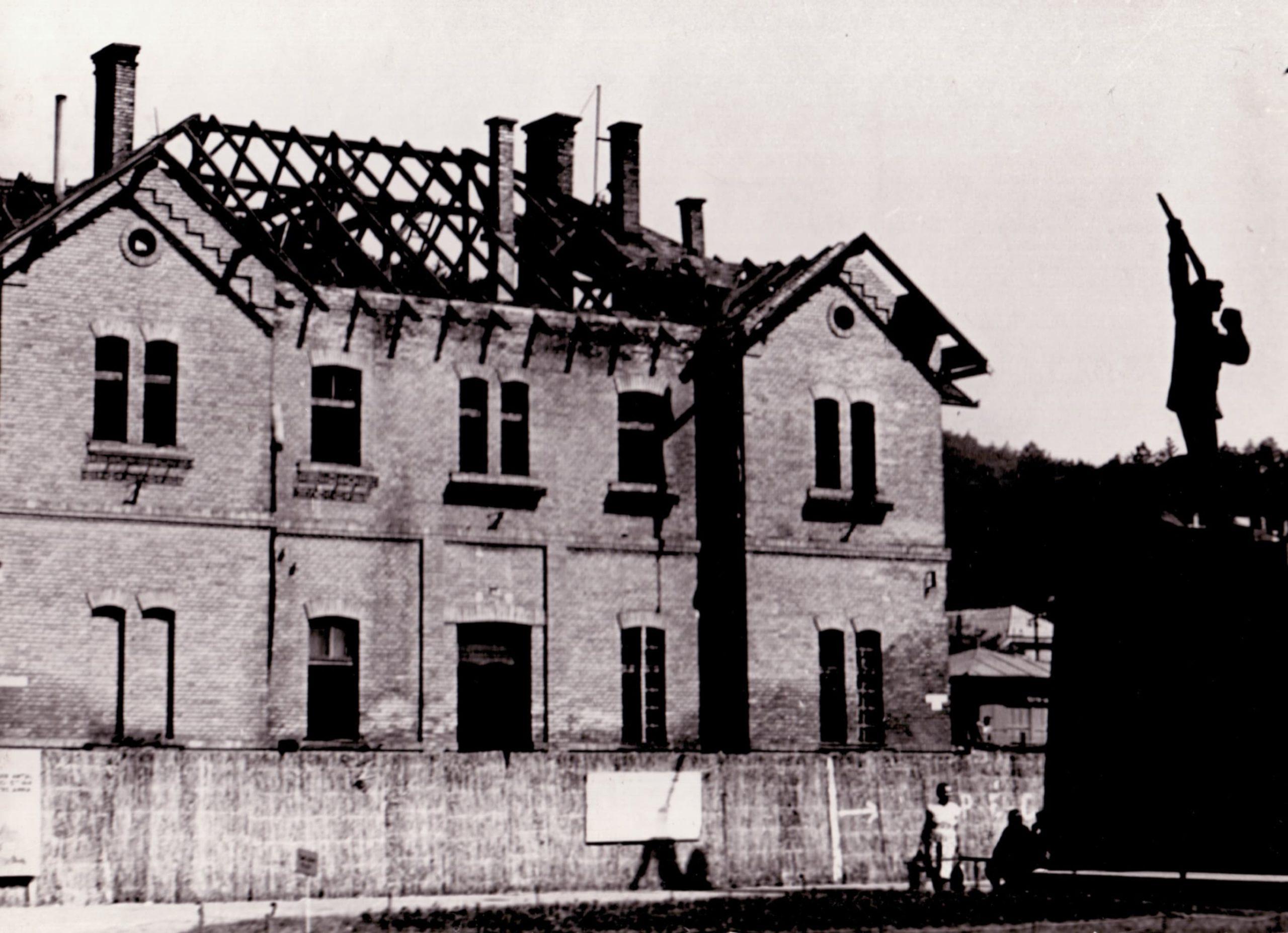 salgotarjani foteri vasutallomas epuletenk bontasa 1969